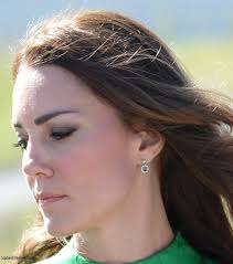 kate middleton diamond earrings 148 best the duchess of cambridge s jewellery images on
