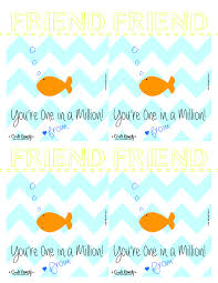 fish valentines melted crayon heart valentines printable craft remedy