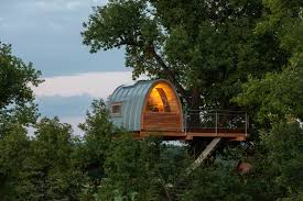 23 unbelievable treehouses that are better than your