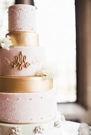 lace wedding cakes brides