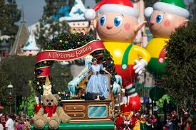 When Do Christmas Decorations Go Up At Disneyland Disneyland In December Events Crowds And And Weather