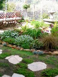 garden designers roundtable no lawn backyard makeover outdoor