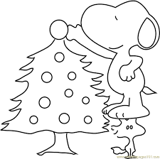 snoopy tree snoopy decorating christmas tree coloring page free christmas