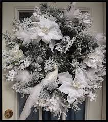Artificial Christmas Wreaths To Be Decorated by Best 25 Artificial Christmas Wreaths Ideas On Pinterest
