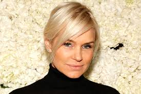 natural color of yolanda fosters hair yolanda foster s new condo in l a see pics and get details the