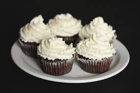 cuisine mascarpone chocolate cupcakes with mascarpone frosting kirbie s cravings