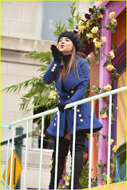 thanksgiving parades 2014 mkto u0026 becky g hang with nickelodeon at macy u0027s thanksgiving day