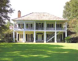 plantation style house great way for your to sneak out i don t think so lol but