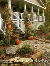 christmas decorated porches curb appeal front yard fall decorating