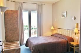 chambre des m騁iers ile de chambre confort mer ou forêt hotel oleron hotels ile d oleron