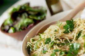 light olive oil pasta sauce spaghetti with fresh parsley garlic and crushed red pepper olive