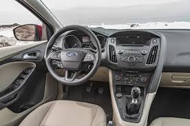 2016 ford focus se ecoboost i 3 first test driving the manual and