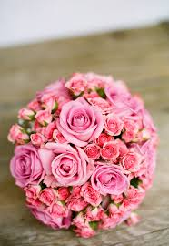 pink bouquet pink bouquet of flowers on table free stock photo