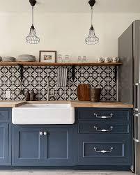 navy blue kitchen cabinets with brass hardware 5 classic kitchen combos cabinets hardware lighting