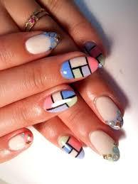 figuras geometricas uñas 10 lindos y creativos diseños geométricos para uñas aquimoda com
