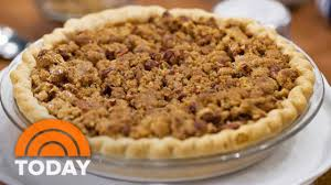 thanksgiving today sweet savory recipes for thanksgiving pumpkin soup streusel