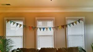 banners on the brain how to make a simple fabric pennant banner