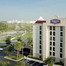Comfort Inn Suites Orlando Universal Hampton Inn Orlando Convention Center Orlando Fl United States