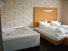 retro design hotel juniorsuite mit whirlpool hotel garni retro design in langeoog