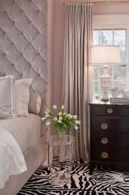 chambre zebre et design interieur chambre taupe rideaux poudré tapis zèbre
