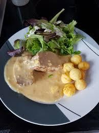 cuisiner un filet mignon de porc filet mignon de porc sauce au maroille recettes cookeo