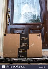 Amazon Prime Furniture by Amazon Prime Delivery Stock Photos U0026 Amazon Prime Delivery Stock