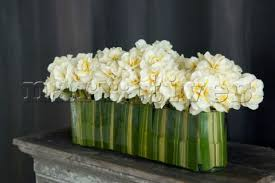 cr0101 contemporary flower arrangement of fresh whi narratives
