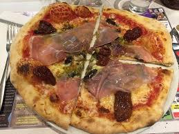 cuisine de la rome antique pizza al pesto picture of casa nicoletti la rome antique sully