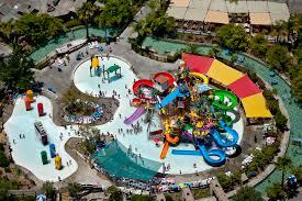 6 Flags Water Park Six Flags Magic Mountain In Valencia Ca
