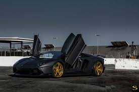 lamborghini gold chris brown u0027s lamborghini aventador lp700 4 on savini sv59 wheels