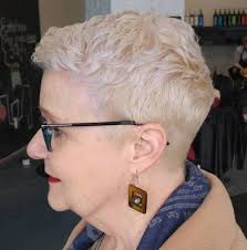 hairstyles for a trendy sixty year old blonde longish face the best hairstyles and haircuts for women over 70