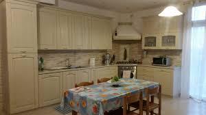 cucine con piano cottura ad angolo vendita cucina stosa ginevra vaniglia con piano cottura ad angolo