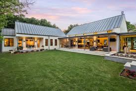 l shaped house with porch pretty ideas 15 one story house plans with metal roofs house ideas