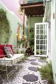a scrapbook of me 50 courtyard ideas small courtyard back garden gardening small