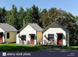 Farm Houses Cabins Canada Motel Rimouski Barn Farm Houses Horizontal