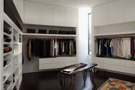 how to make a wardrobe to stay healthy and clean