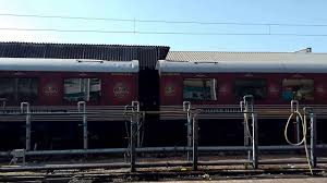 maharaja express train india u0027s royal train maharajas express live boarding on station