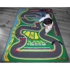 tapis pour chambre garcon tapis de jeu formule 1 pour chambre d enfant par tapitom
