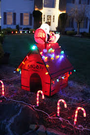 snoopy doghouse christmas decoration snoopy s doghouse 2015 album on imgur