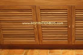 porte de cuisine en bois portes persiennes en teck sur mesure pour caissons de cuisine bois
