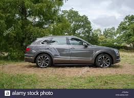 2017 bentley bentayga white bentley bentayga stock photos u0026 bentley bentayga stock images alamy