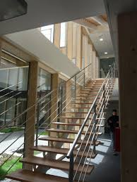 bureau ossature bois bâtiment préfabriqué pour bureau à ossature bois contemporain
