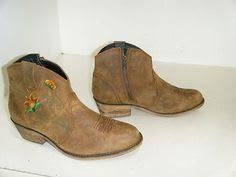 womens used cowboy boots size 9 laredo roper boots size 9 d vintageboots ropers boots