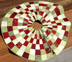 tree skirts 20 free quilted christmas tree skirt patterns guide patterns