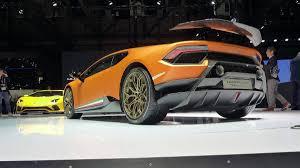 Lamborghini Huracan Acceleration - the 640 hp lamborghini huracán performante is here with its geneva