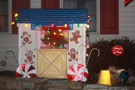 holiday decorating for the little tikes playhouse camp ladybug