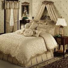Silver Valance Bedroom Interior Bedroom Silver And Gray Comforter And