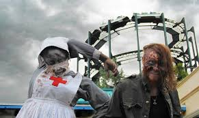 Six Flags Fear Fest 15 Spooky Things To Do From Now Through Halloween Chicago Tribune