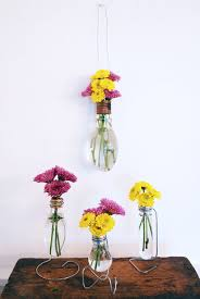 A Flower Vase How To Make Light Bulb Vase 6 Steps With Pictures