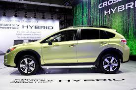 subaru green subaru xv crosstrek hybrid is green in the big apple autoevolution
